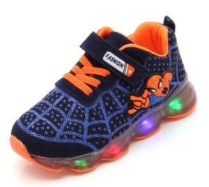 Dětské svítící boty z AliExpress